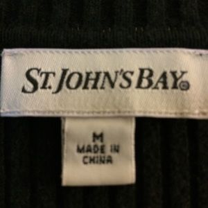 St. John's Bay Sweaters - St. John's Bay Women's Black Sweater Size Medium